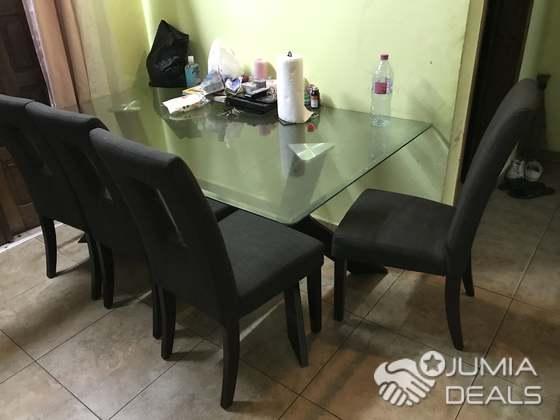 Chaise Table A Manger.Salle A Manger En Verre 8 Places Et 4 Chaise Venue Des Usa