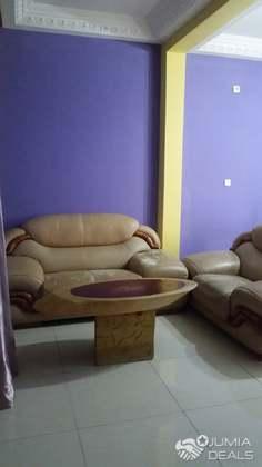 studio semi-meublé