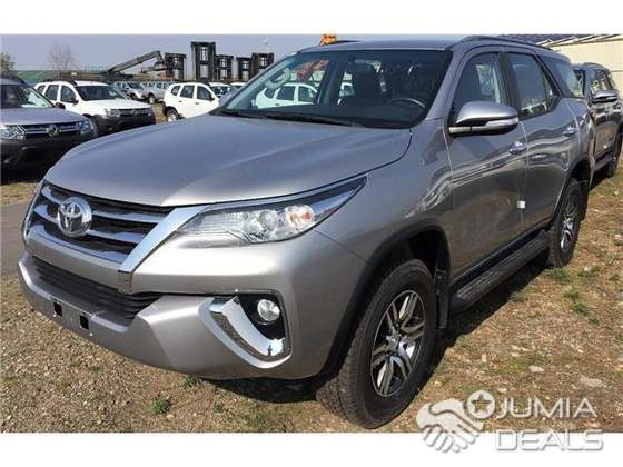 Fortuner Price List in India