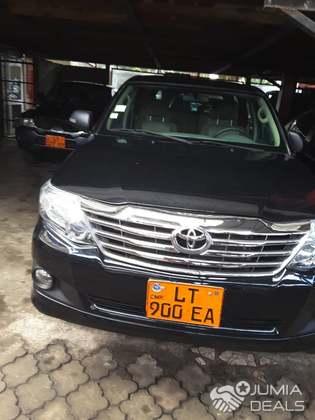 Toyota fortuner 2015 immatriculé